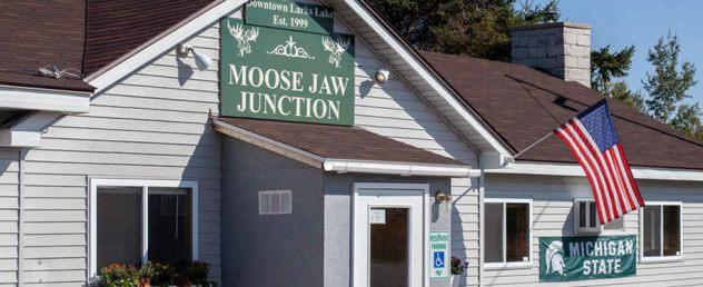 moose-home-slide1